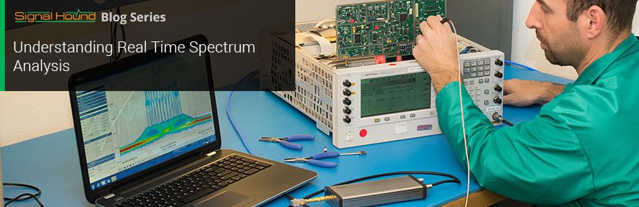 an rf technicial using a spectrum analyzer