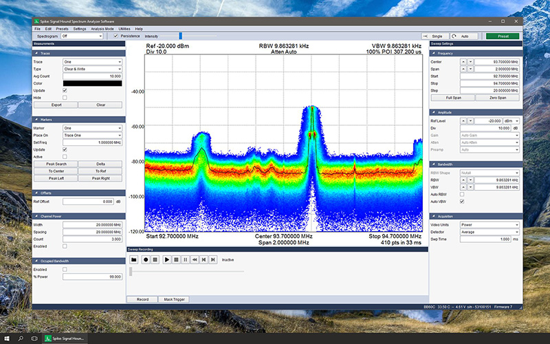 Spectrum analyzer software running on a PC
