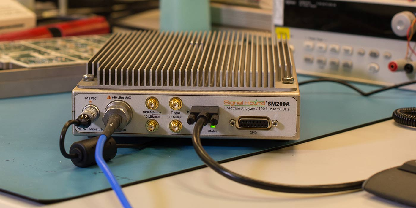 Use the VITA 49 features of the SM200A analyzer for RF data transport